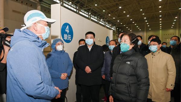 中央赴湖北指導組前線指揮抗疫<br/>Central Government Team guiding the pandemic control ...