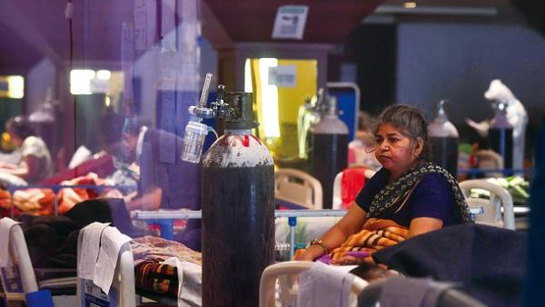 印度疫情大爆發陷失控<br/>India's pandemic outbreak is out of control